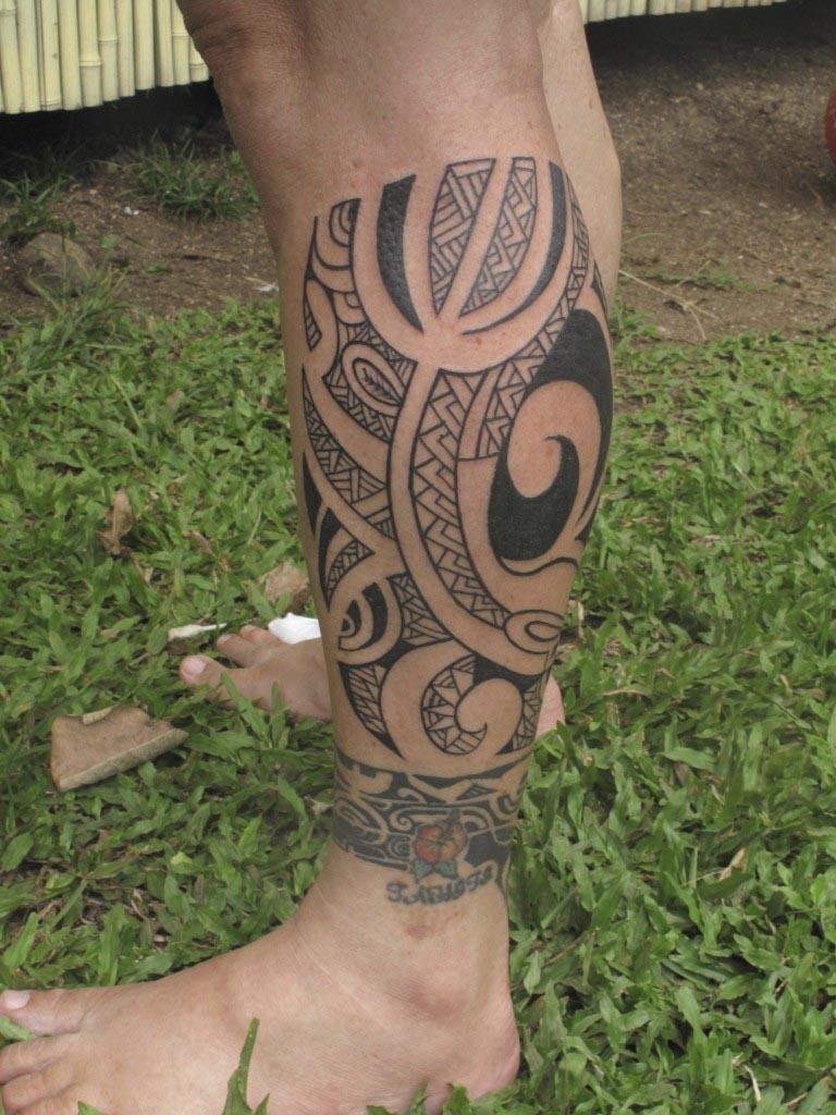 Machine Tattoo Tahitian Artist Moorea